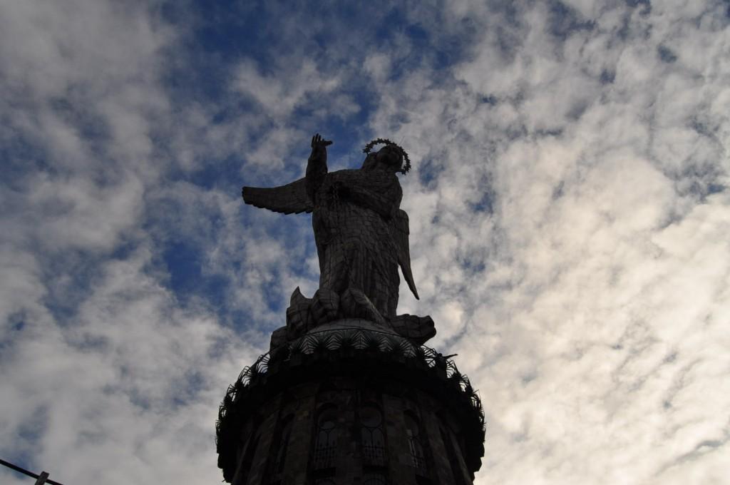 Virgin of the Panecillo @ Wei Xiao