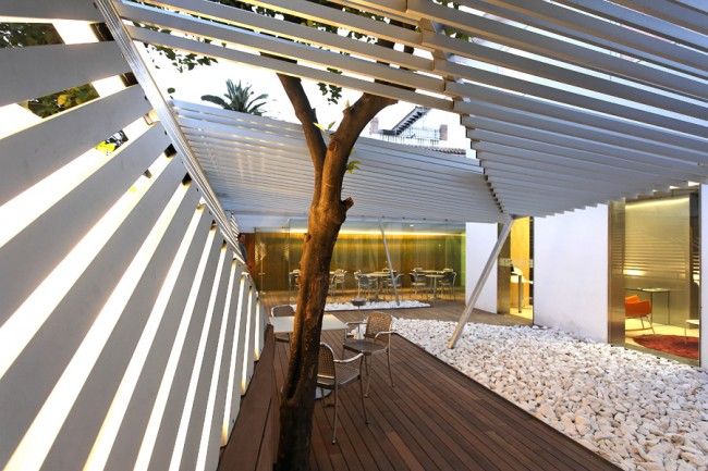 The Zen terrace at Hotel Holos | Courtesy of Hotel Holos