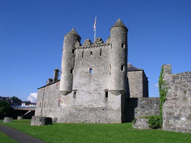 The Watergate at Enniskillen Castle | © Raymond Millar/ Geograph