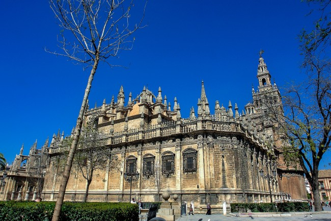 Seville's Gothic cathedral is the largest in the world; pixabay