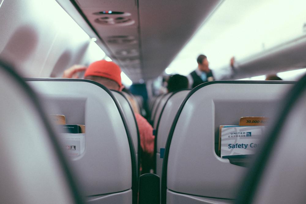Inflight passengers   © Gus Ruballo