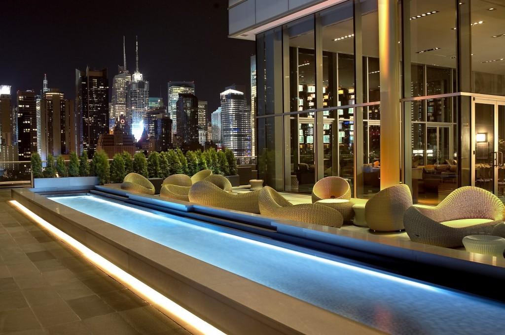 Ink48 Lounge | Courtesy of Kimpton Hotels