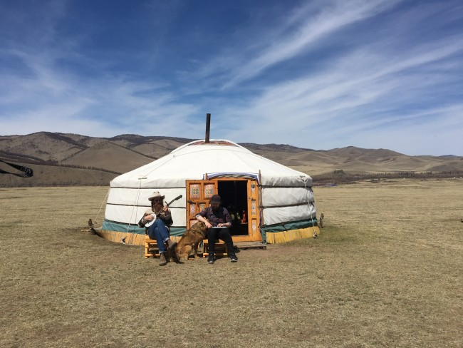 They stayed in nomad tents | © Pia Lehto/Frida Åberg