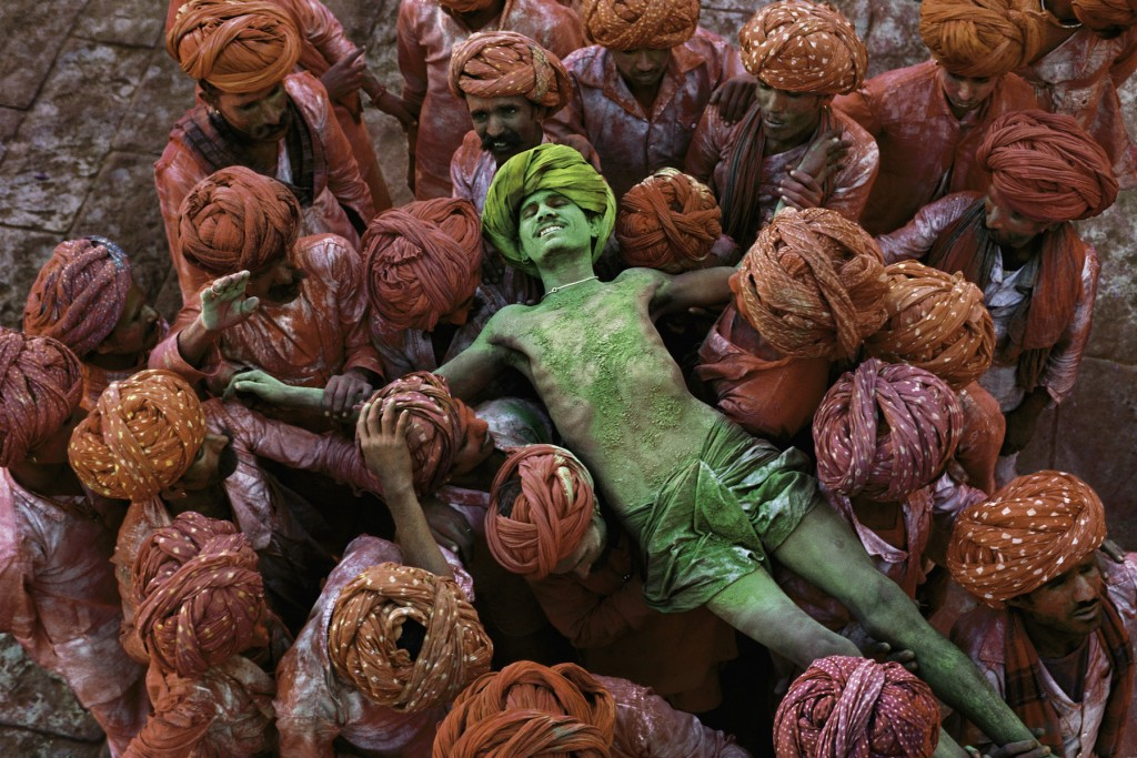 Holi festival, Rajasthan, India, 1996 | © Steve McCurry / Magnum Photos
