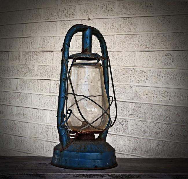 Oil Lamp © 821292/PixaBay