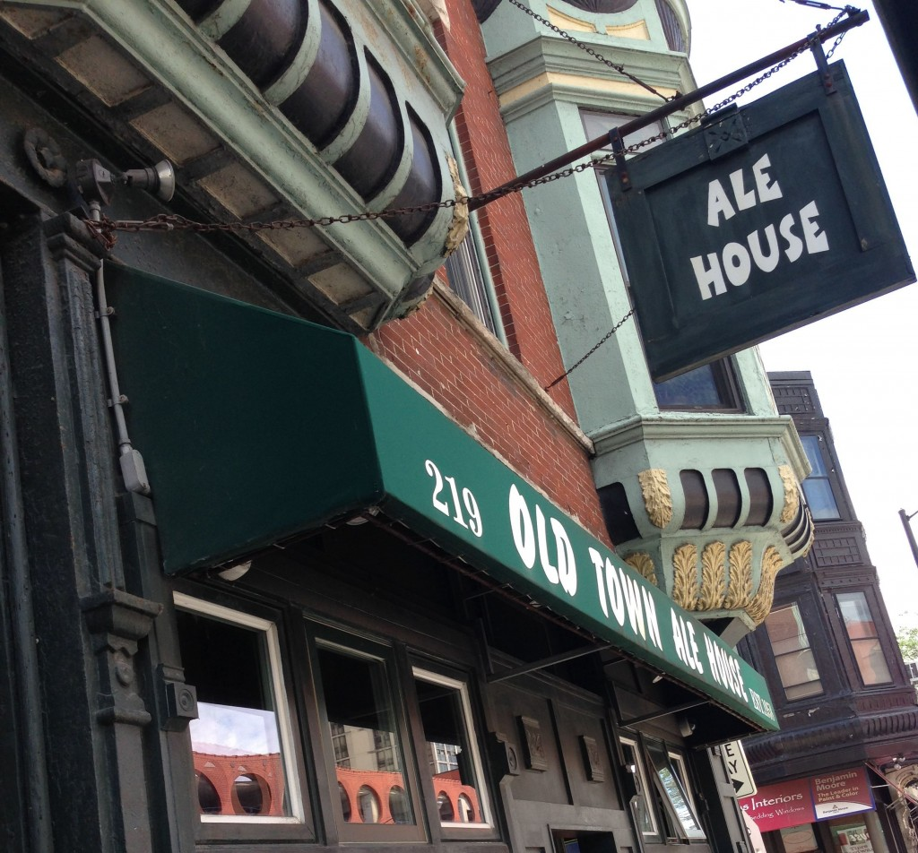 Old Town Ale House | © victorgrigas/WikiCommons