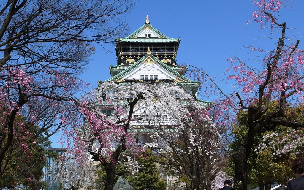 Osaka Castle Main Tower in Spring