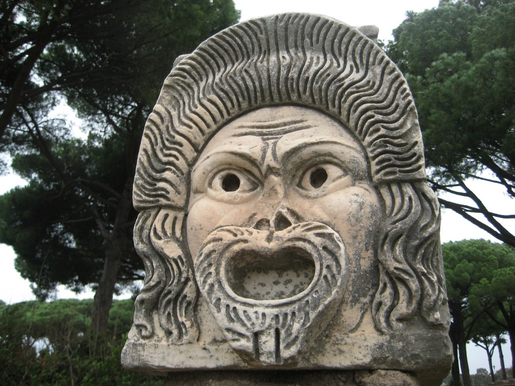 Theatrical mask decoration | © pixabay https://pixabay.com/it/ostia-antica-dramma-italia-roma-1885279/