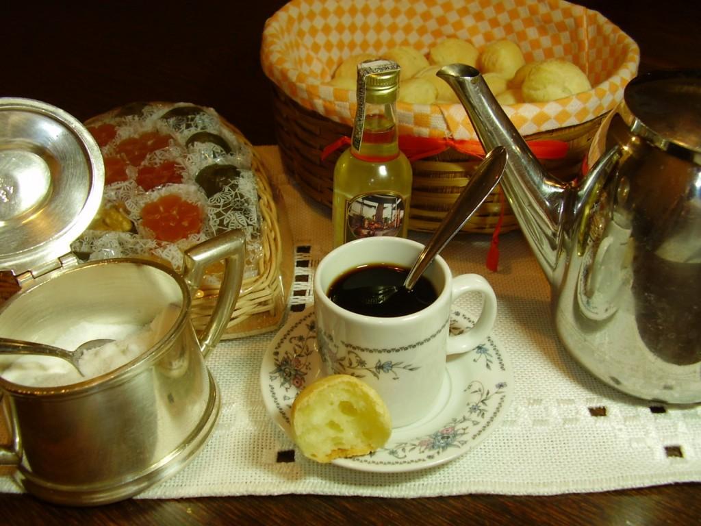 No shortage of sugar when drinking Brazilian coffee © nwerneck