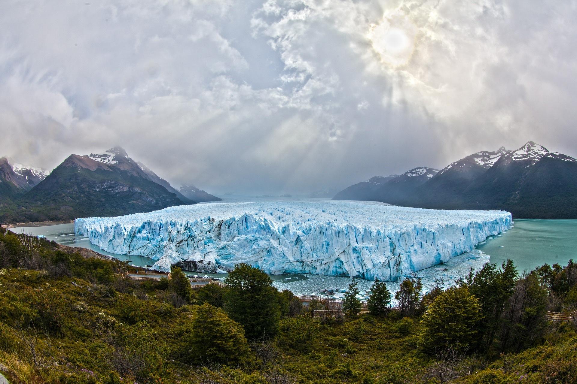 A glacier in Patagonia, Argentina | Pixabay