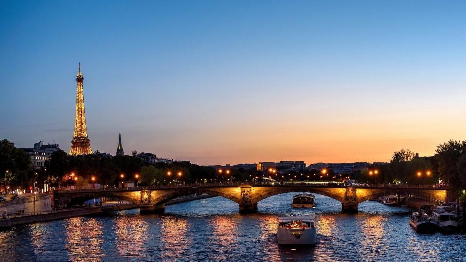 Pont des Invalides │© skeeze / Pixabay