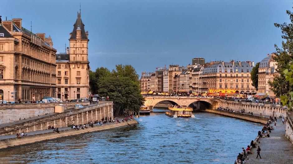 Pont Saint-Michel │© skeeze / Pixabay