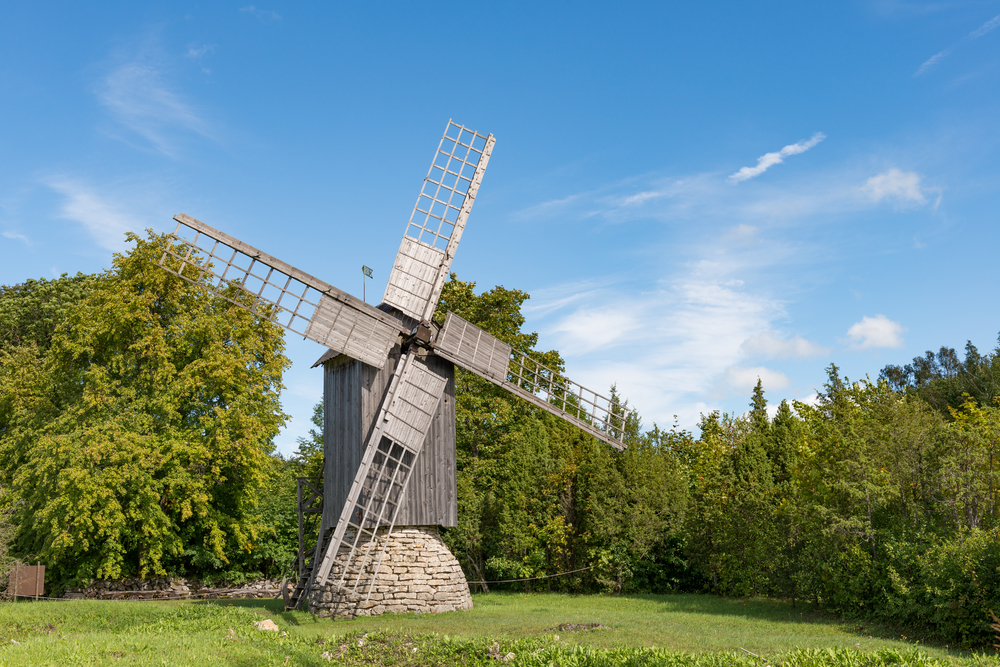 Windmill | ©UrmasHaljaste/Shutterstock