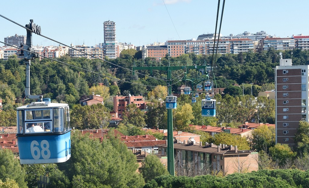 Madrid's cable car   © Tim Adams/Flickr