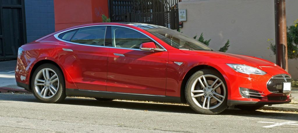 Tesla Model S | ©  mariordo59 / Flickr
