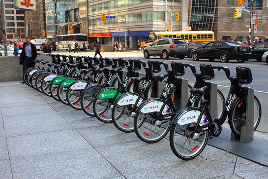 Bixi rental bikes in Toronto | © Gary J. Wood/ Flickr