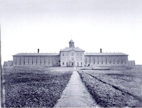 The Toronto Central Prison, taken before 1920 | Public Domain/ WikiCommons