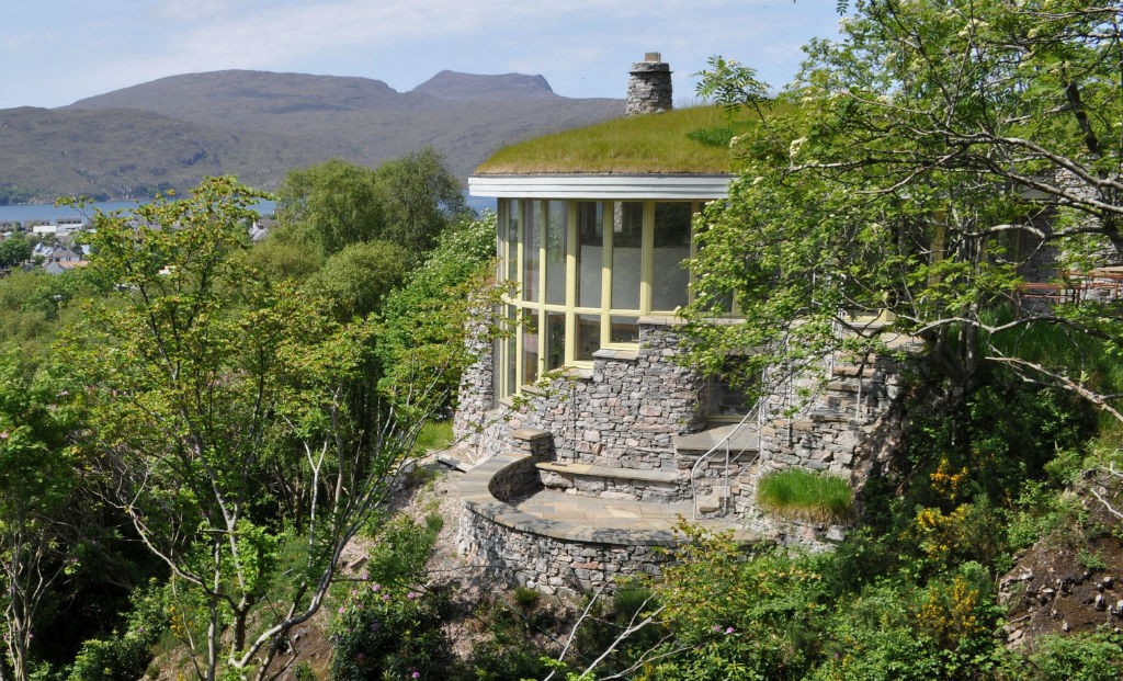 Treetop House | Courtesy Of Ullapool Stonehouses