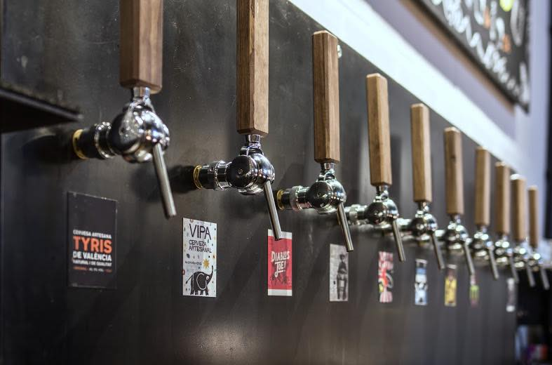Craft beer selection at Tyris on Tap, Valencia. Photo courtesy of Tyris on Tap