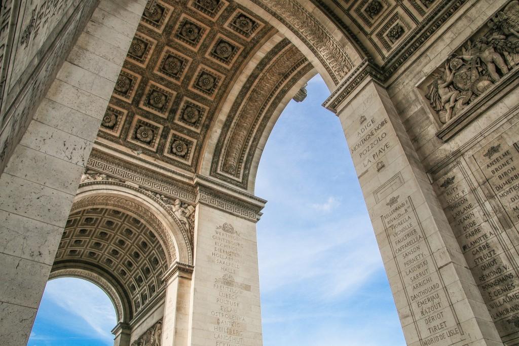 Vault of the Arc de Triomphe│© Chris Parker / Flickr