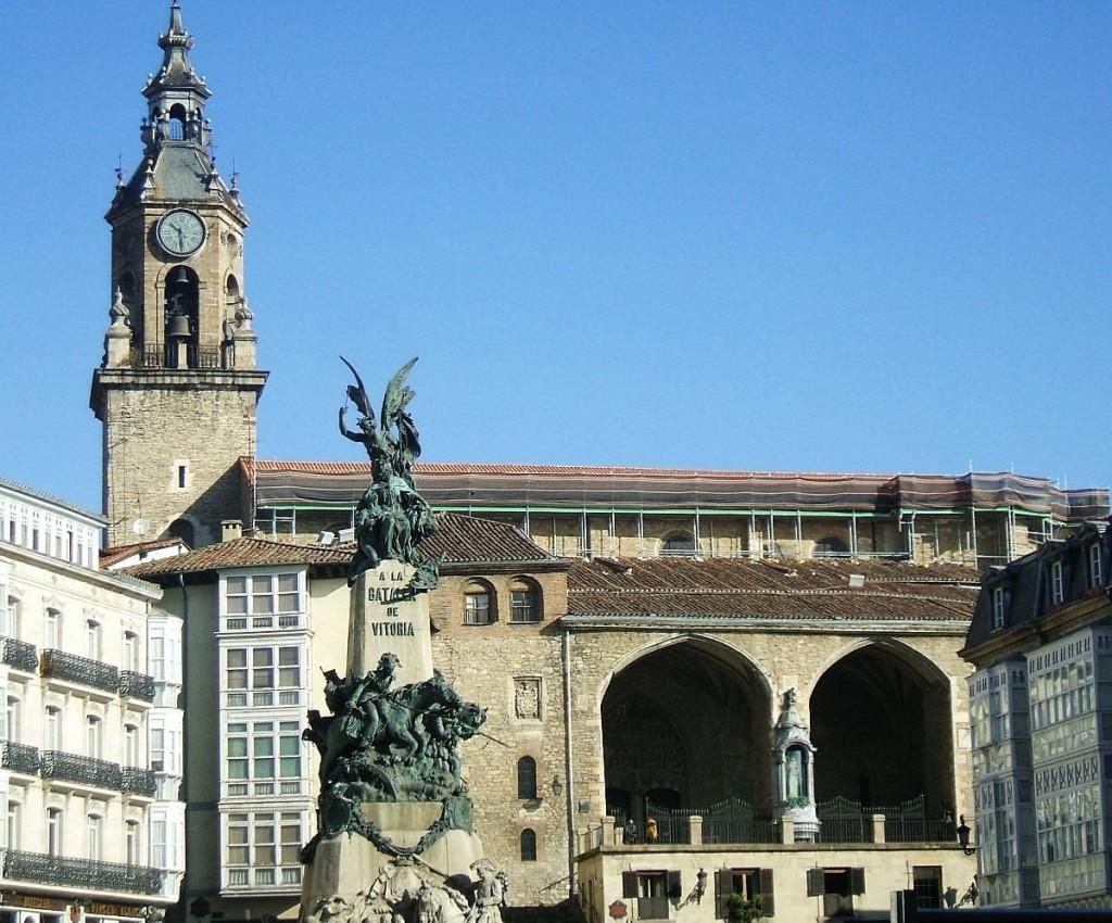 Iglesia de San_Miguel, Vitoria-Gasteiz |©Zarateman / Wikimedia Commons
