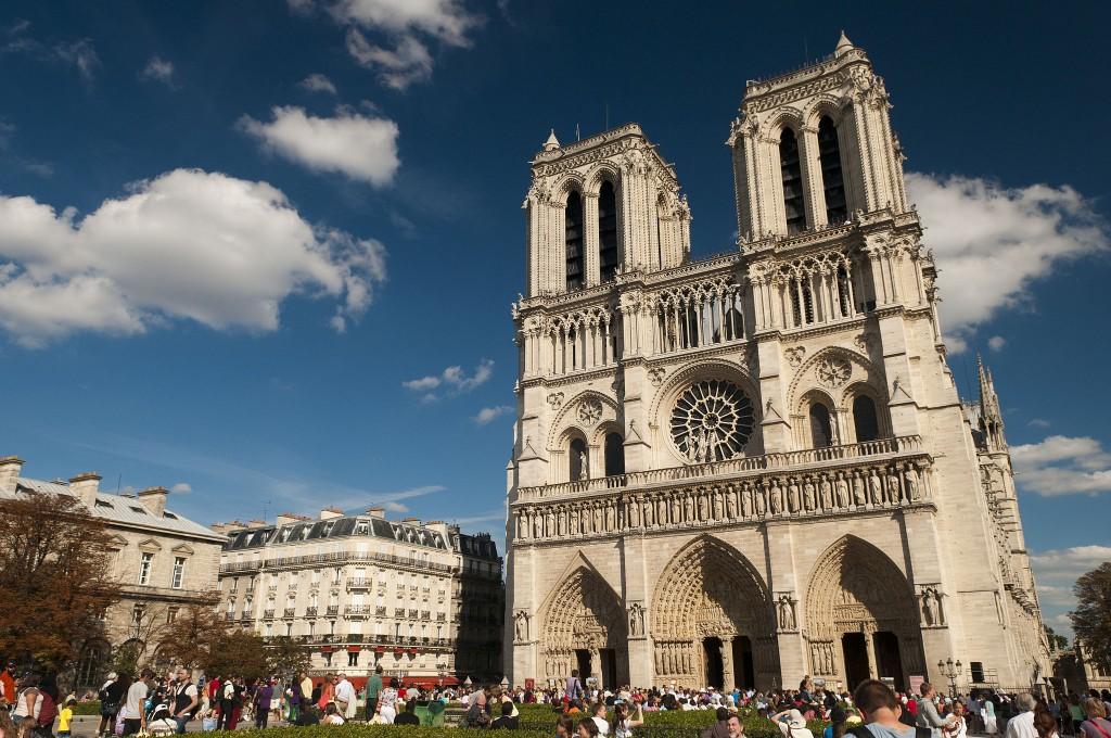 West façade of Notre-Dame│© Michal Osmenda / Wikimedia Commons