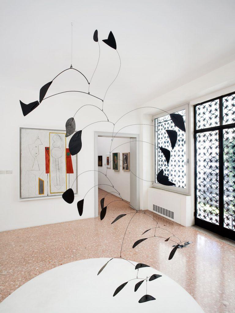 2008 Peggy Guggenheim Collection Venice Sala Calder. © Collezione Peggy Guggenheim, Venezia. Ph. AndreaSarti/CAST1466© Peggy Guggenheim Collection, Venice. Ph. AndreaSarti/CAST1466