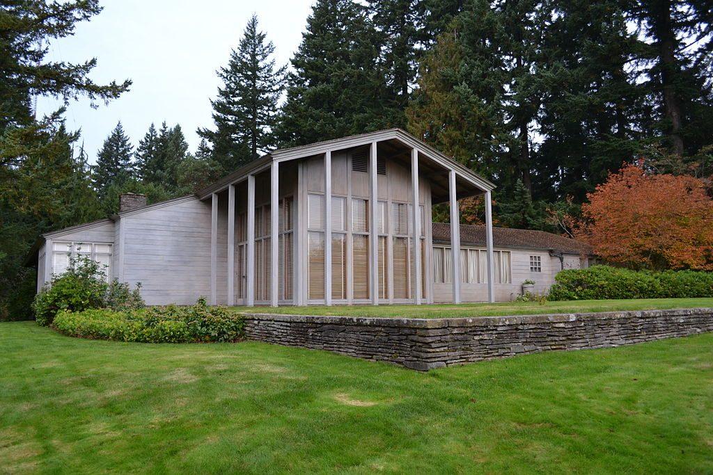 Aubry Watzek House – University of Orgeon | © Visitor7/Wikimedia