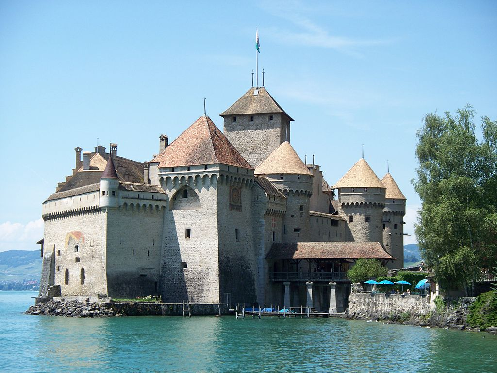 chillon-castle-home-to-counts-of-savoy