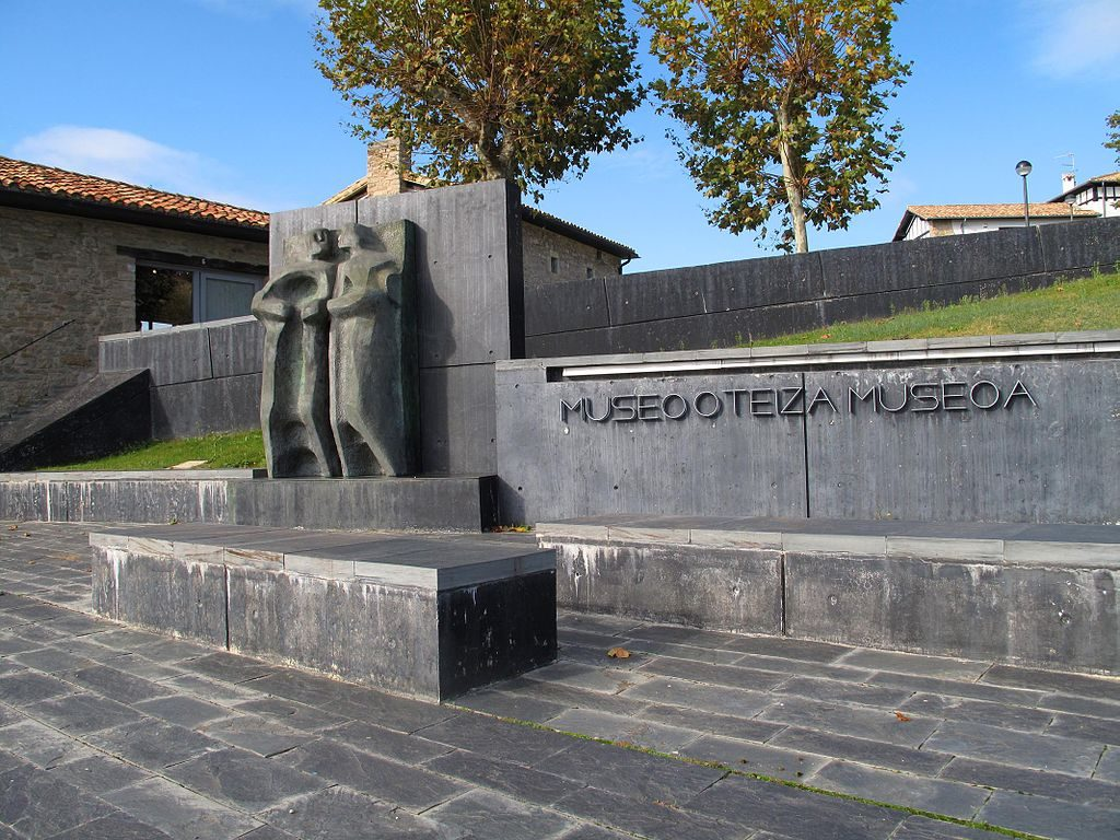 Museo Oteiza, Alzuza, Navarra | ©Kamahele / Wikimedia Commons