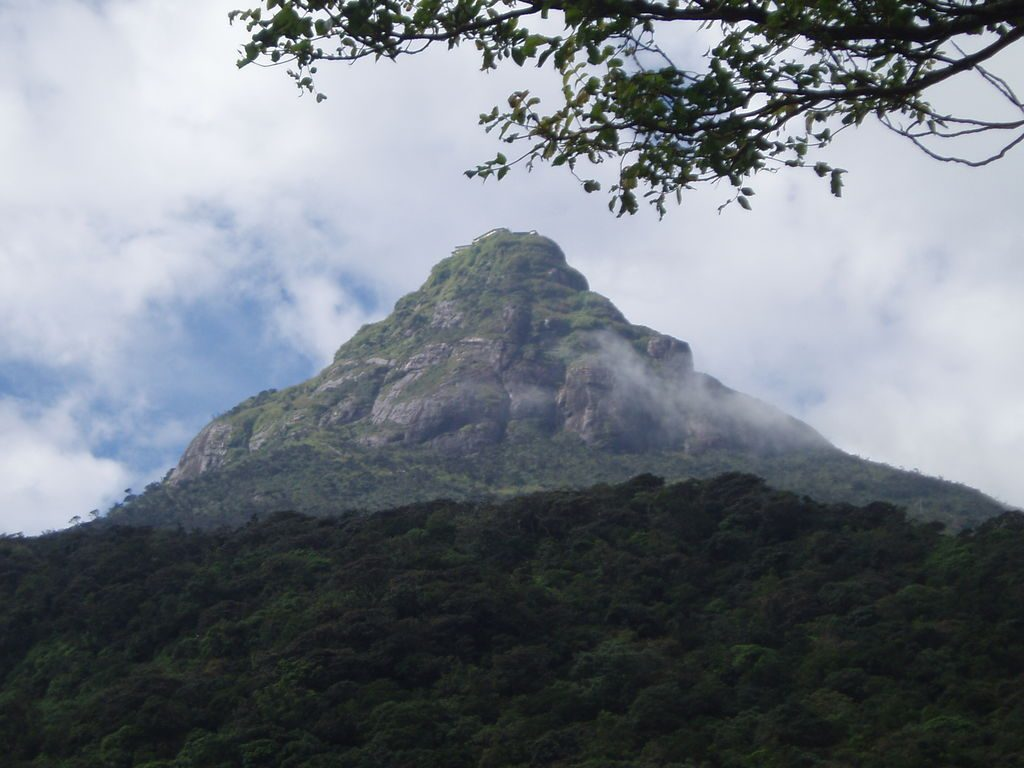 Adam's Peak | © Bourgeois / Wikimedia Commons