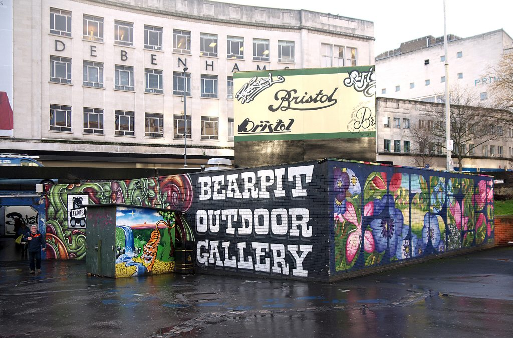 Bearpit ©Sam Saunders/Flickr
