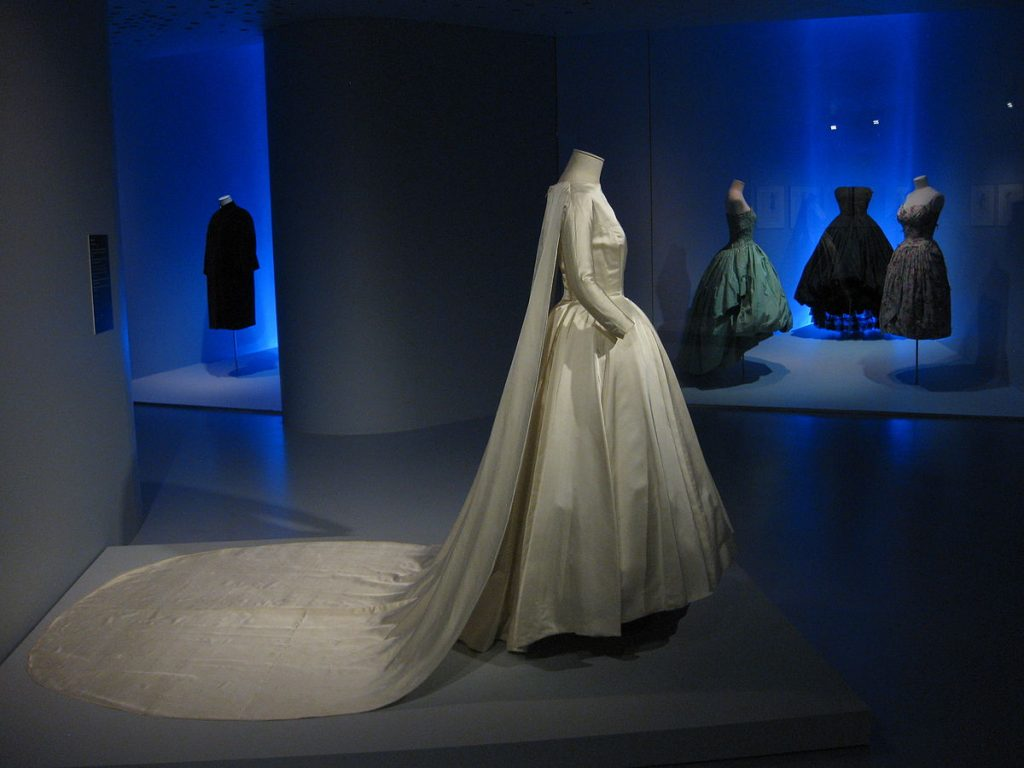 "<a href=""https://ca.wikipedia.org/wiki/Crist%C3%B3bal_Balenciaga_Eizaguirre#/media/File:Balenciaga_Museoa_exhibit_05.JPG"">Balenciaga Museoa exhibit   © Kippelboy/WikiCommons</a>"