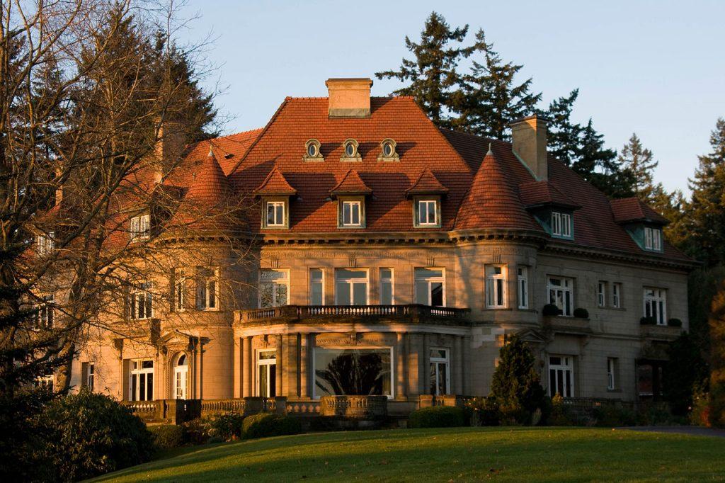 Pittock Mansion – Portland, OR   © Geremia/Wikimedia