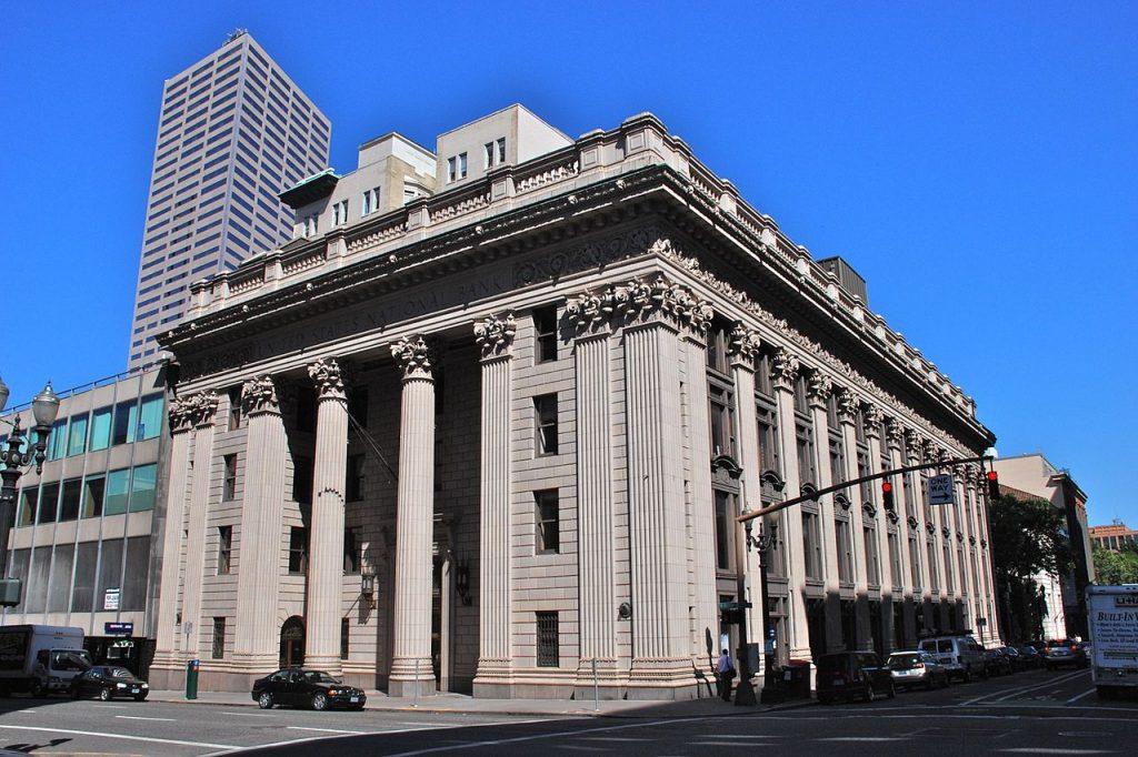 U.S. National Bank Building – Portland, OR | © Steve Morgan/Wikimedia