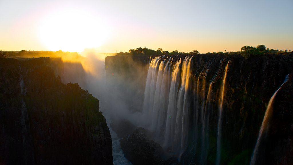 Sunset at Victoria Falls, Zimbabwe | © Mario Micklisch/Flickr