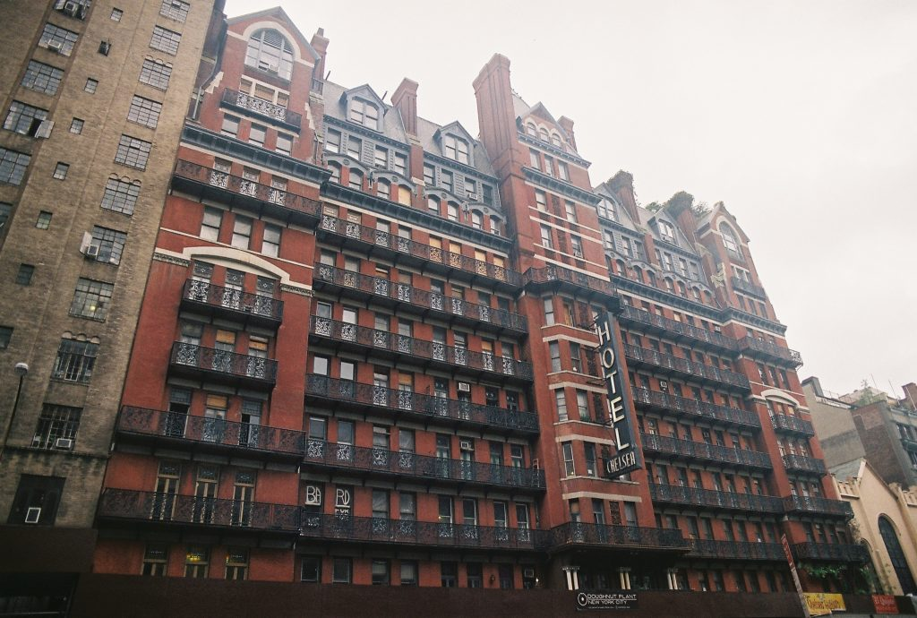 Chelsea Hotel | k_tjaaa/Flickr