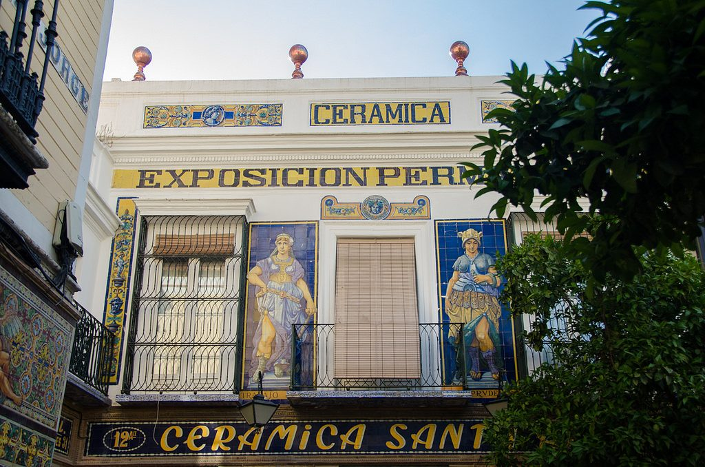 Ceramica Santa Ana in Triana is a great place to buy souvenirs | © Sandra Vallaure / Flickr