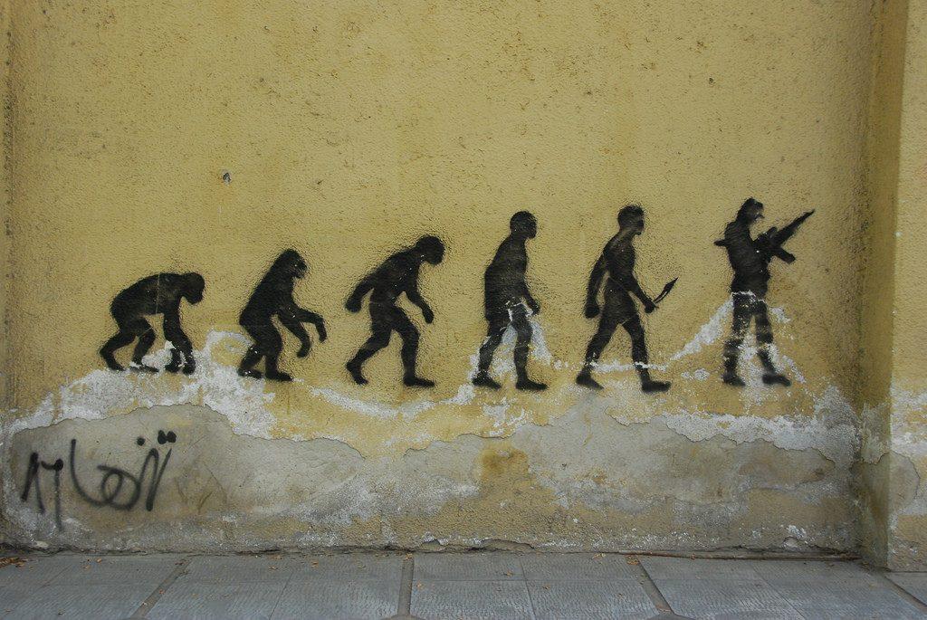 Stencil on Valiasr Street | © Paul Keller / Flickr