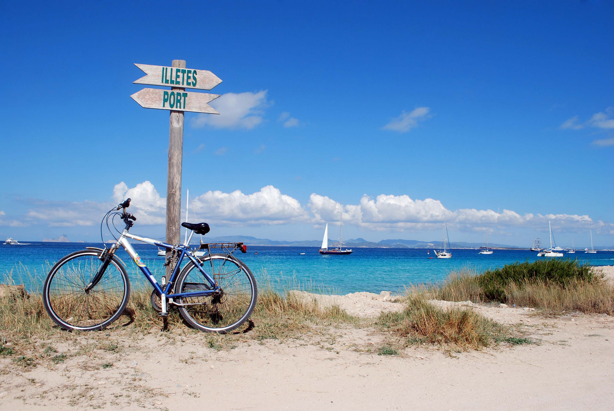 Discover the Mediterranean life on Formentera © Travelbusy.com