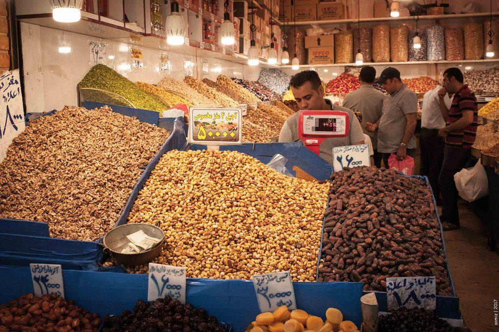 Nuts for sale in the bazaar | © Evgeniy Isaev / Flickr