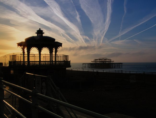 Bandstand & West Pier | © Neil/Flickr