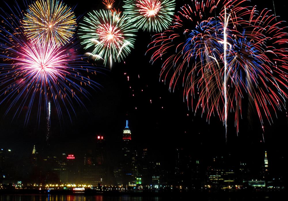 Macy's Fireworks | © mamojo / Flickr