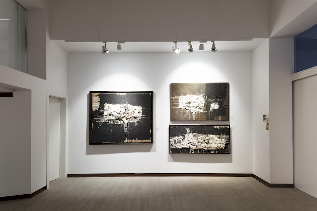 Millares at Galería Mayoral Courtesy of gallery
