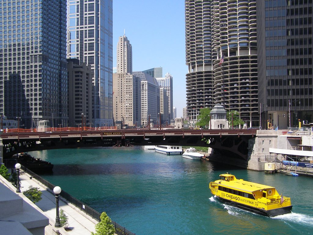 Chicago Water Taxi | © Sean Hayford Oleary/Flickr