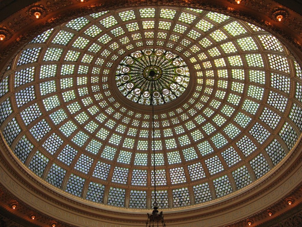 The Chicago Cultural Center's Tiffany dome | © Caitriana Nicholson/Flickr