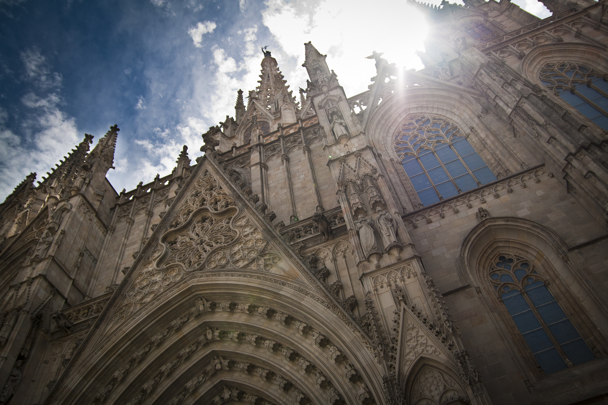 The neo-Gothic facade of the cathedral © Carwyn Lloyd Jones - Dylunio Creadigol