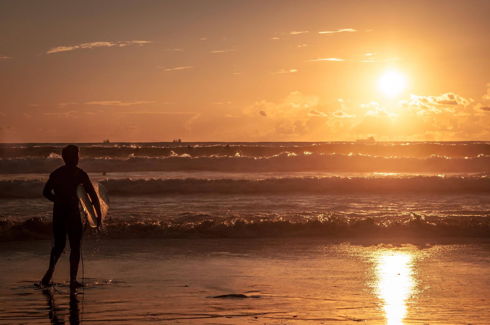 Surfing at Praia do Castelo © Christian PARREIRA
