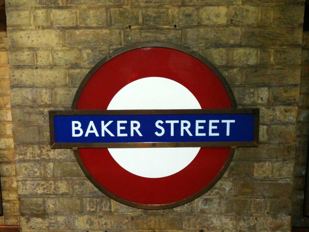 Baker St sign