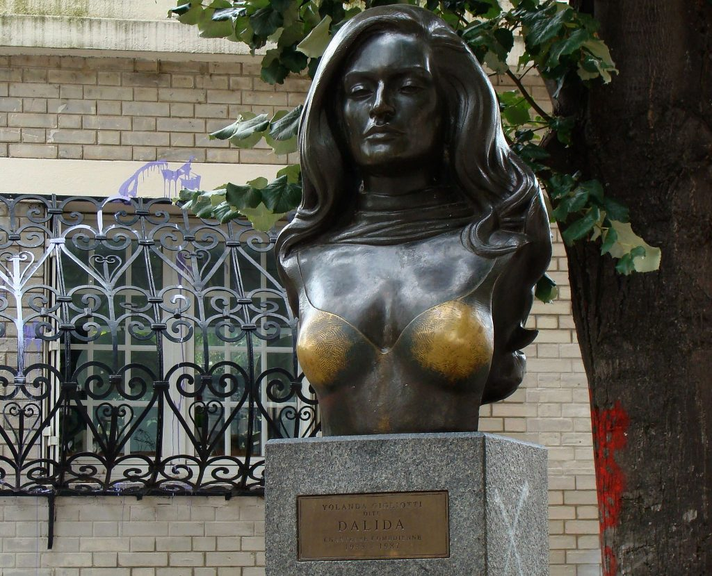 Bust of Dalida │© Ivonna Nowicka / Wikimedia Commons